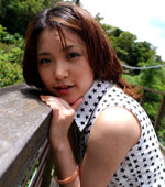 Popular AV Idol Mihiro Taniguchi naked pictures