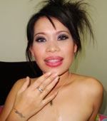 Thai slut Nah in oral cum shot sex action