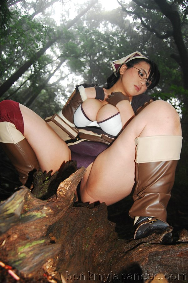 With Sexy asian cosplay girls pussy