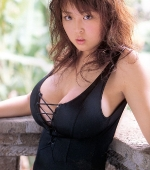 busty-ourei-harada-in-black-pvc-suit-02