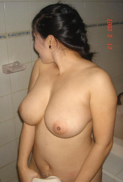 Asian bbw big tits topless not