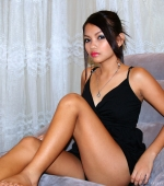 hot-manila-nigths-yvonny-chair-02