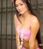 keira-lee-backyard-nude-04