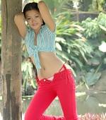 keira-lee-red-pants-09