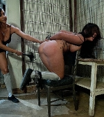 kinky-BDSM-scene-with-Asian-London-Keyes-06