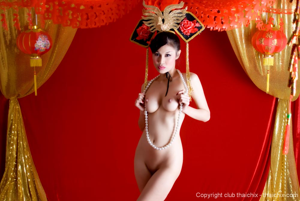 Nude chinese girl traditional costume