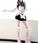 Tokyo-Teenies-sexy-skirt-04