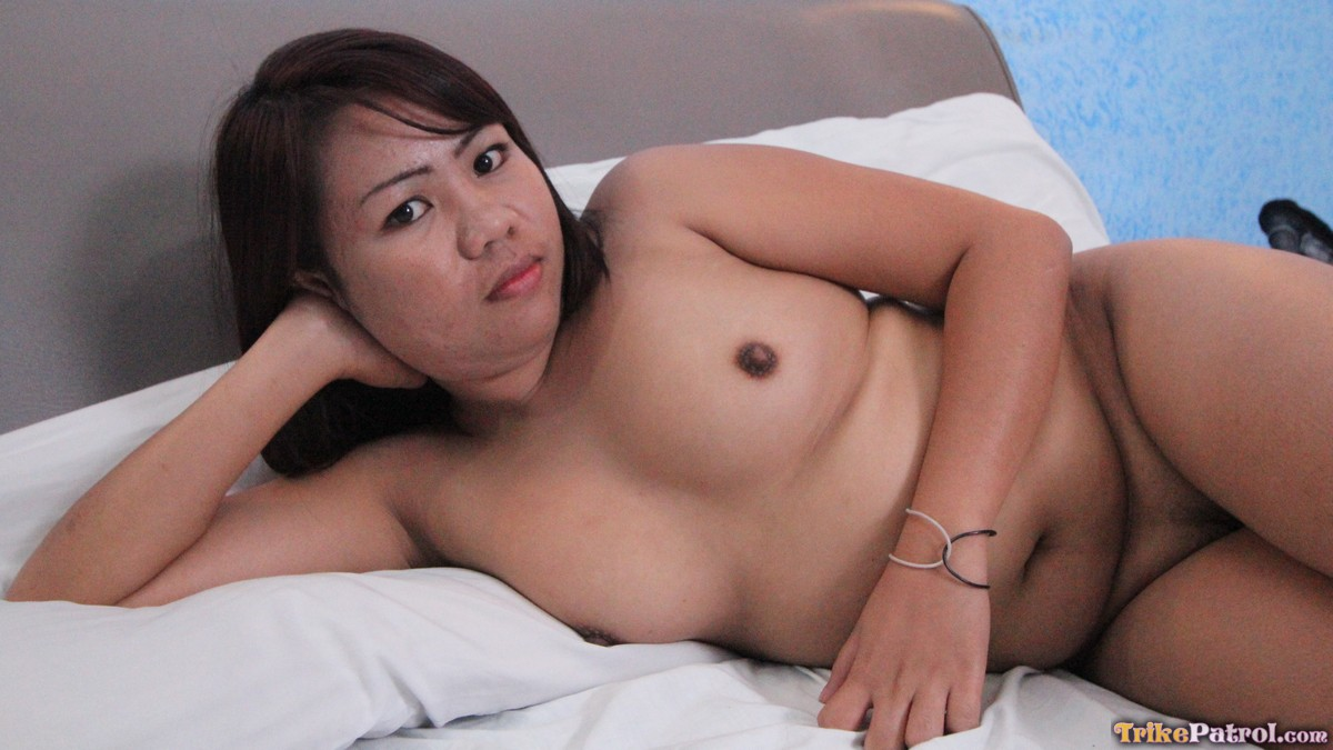 image Hot looking filipina spinner chased down for sex