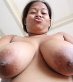 Teenie looking Pinay girl with big boobs