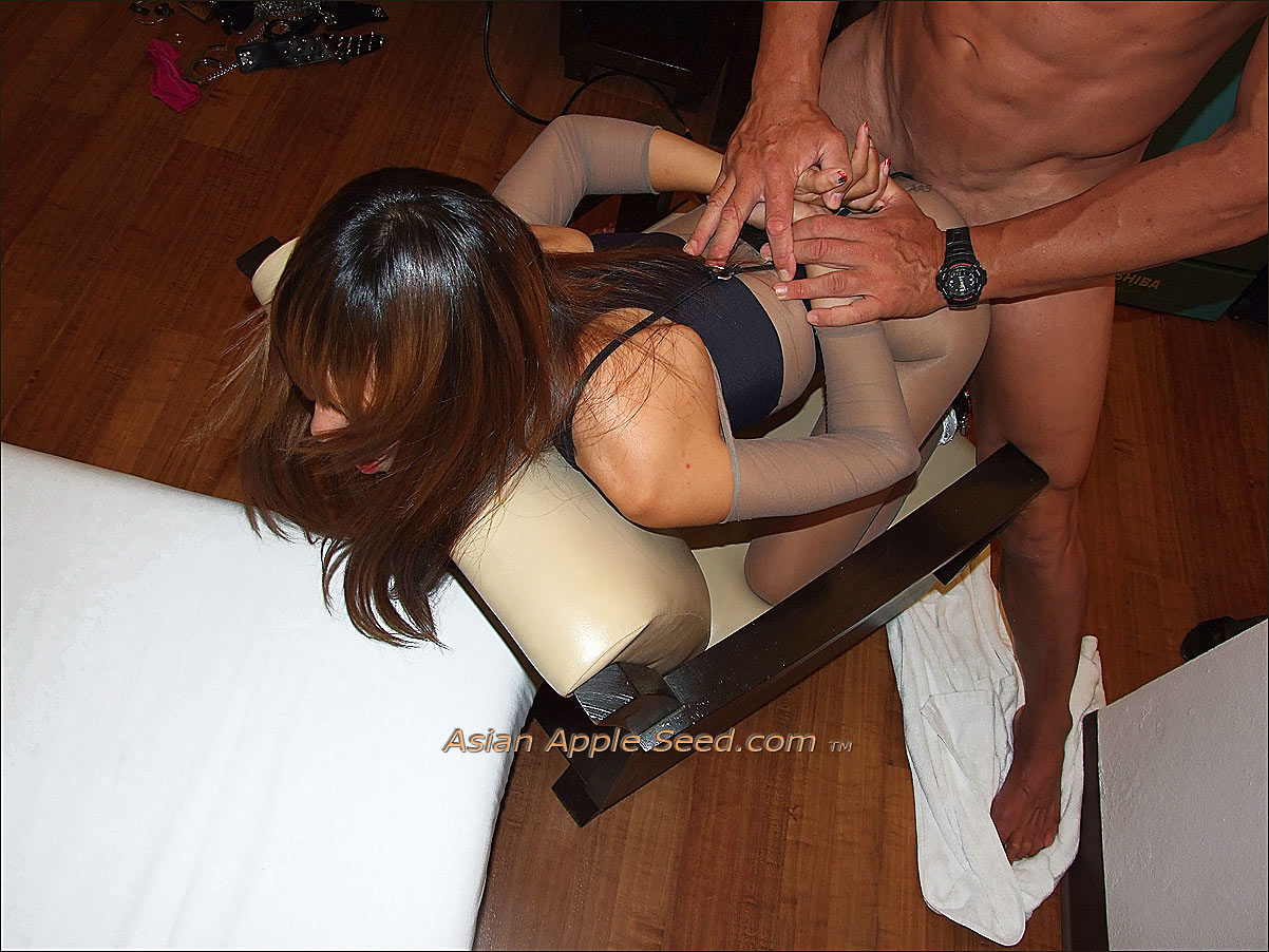 Fucking a skinny thai whore in mid air is fun