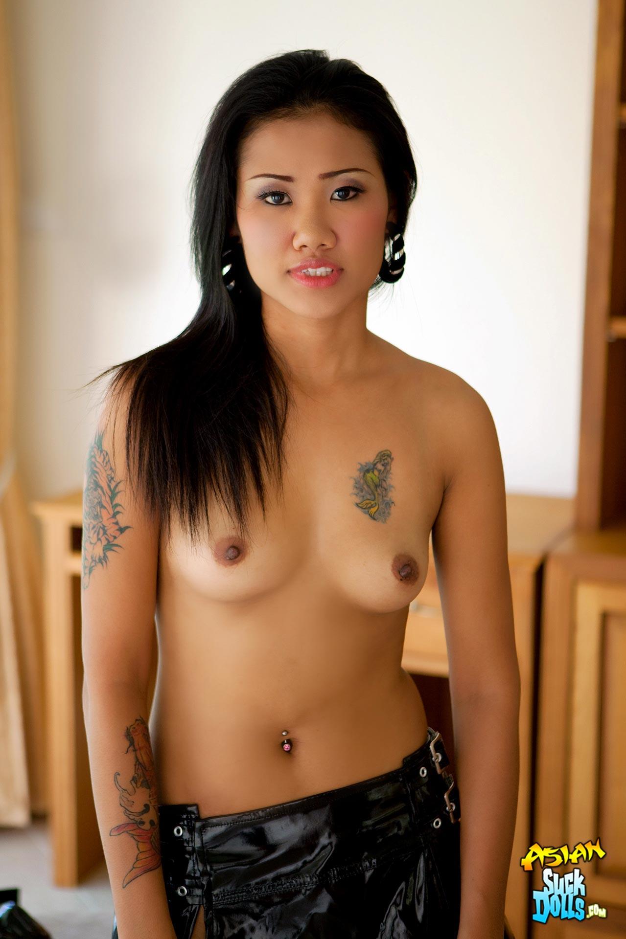 Nude asian tattooed women