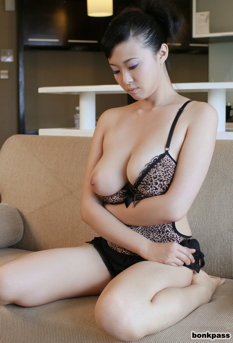 Nude Asian Girls Gallery