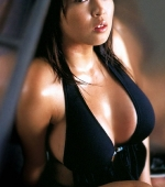 busty-ourei-harada-in-black-pvc-suit-09