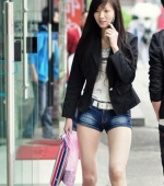 china-girl-really-in-short-pants-pics-taken-02