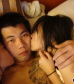 chinese-dude-with-tattoo-bonking-2-chicks-06