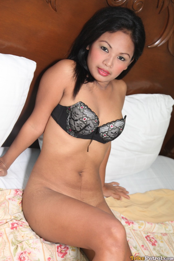 Slightly Chubby But Sweet Face Filipina Girl Josey  Asian -4421