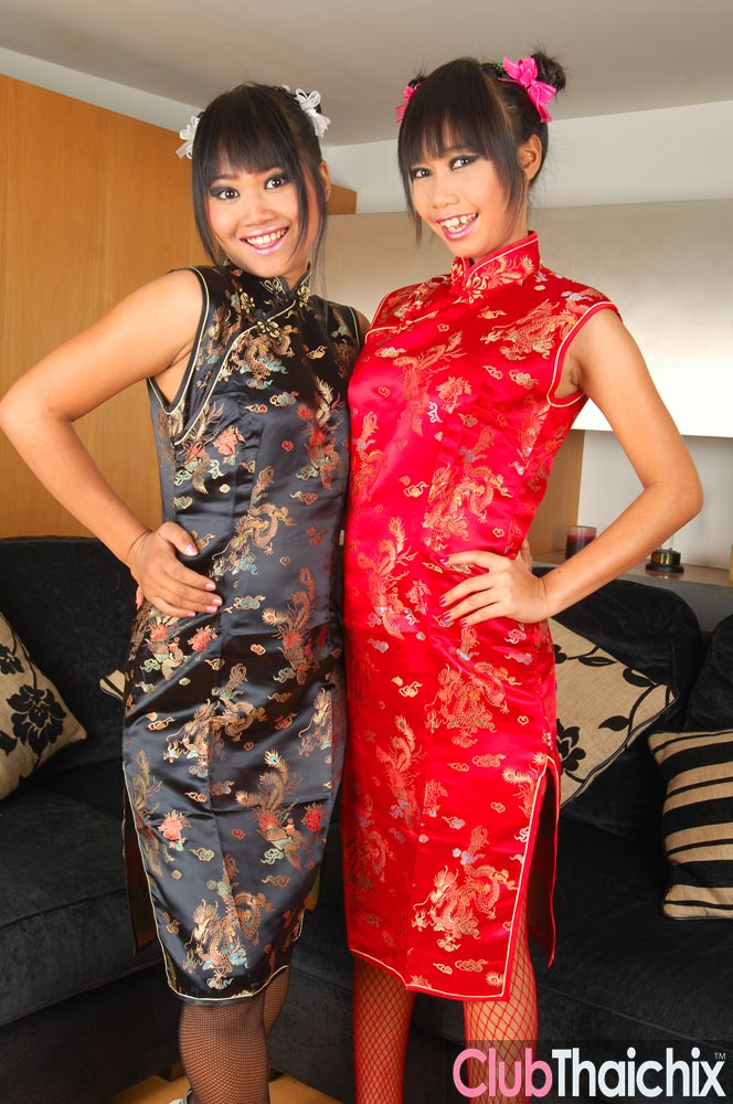Two Thai Babes Sexy In Traditional Chinese Dress  Asian -5418