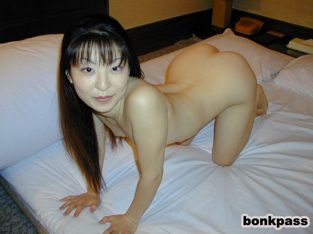 Nude Japanese Milf With Snowy Smooth White Skin  Asian -7466