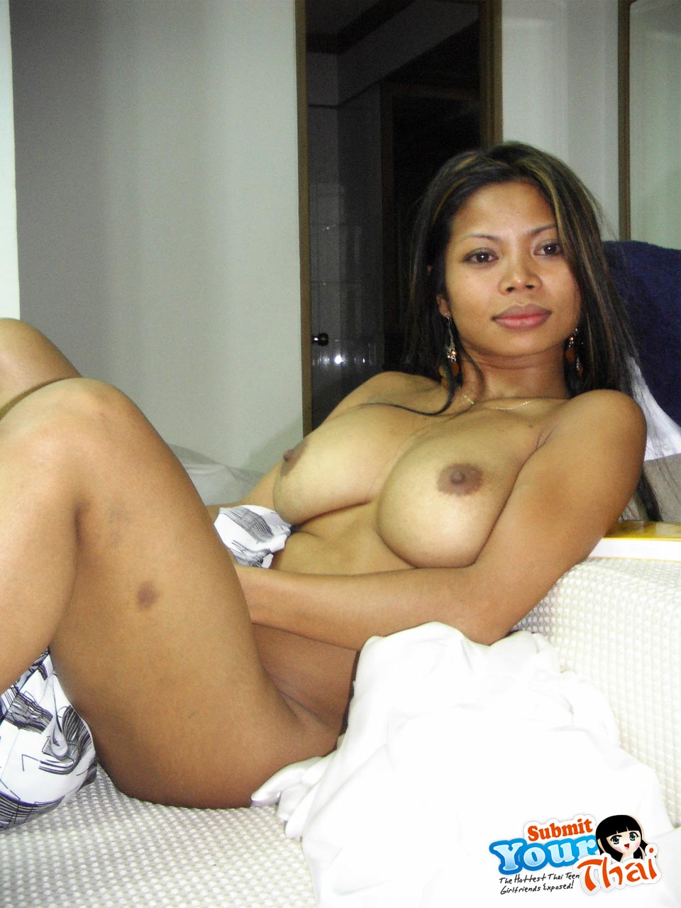 Slutty And Sexy Looking Thai Girl Kai With Huge Tits -2192