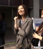 Kobe-Surprise-04-02