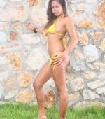 outdoor-bikini-04