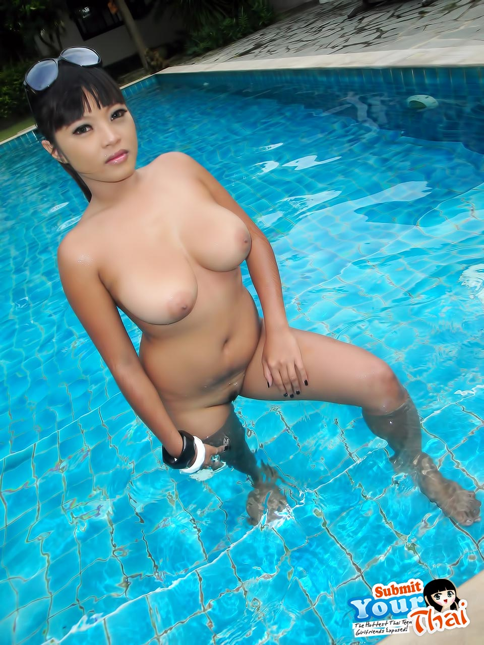nude japanese topless girls full photos