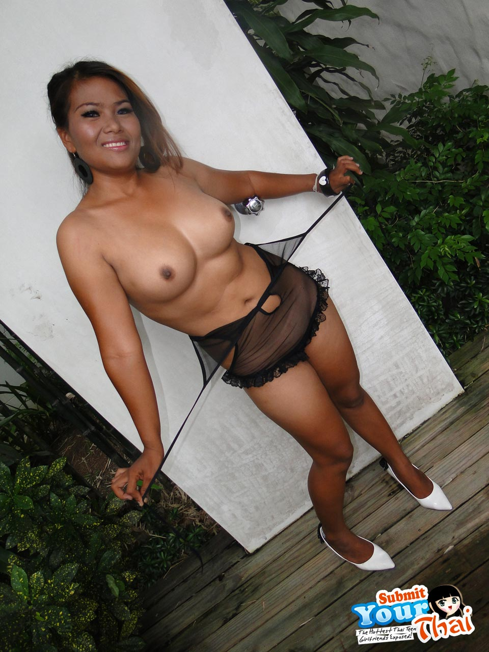 Sweet Thai Girl With Big Tits Posing Outdoors  Asian Porn -5180