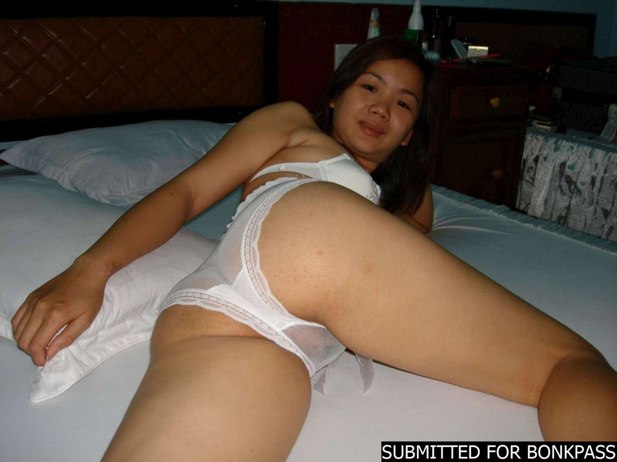 Plain Looking Amateur Thai Gf In Hotel Room  Asian Porn Times-1954