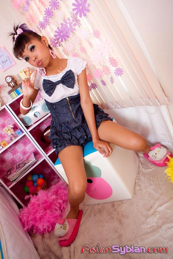 To Naked tajski Teen Je tako prekleto Cute In Hot Asian porno-9629