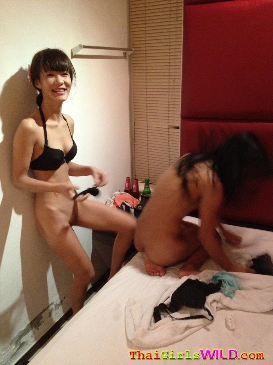 Hot Chinese Girls Having Sex