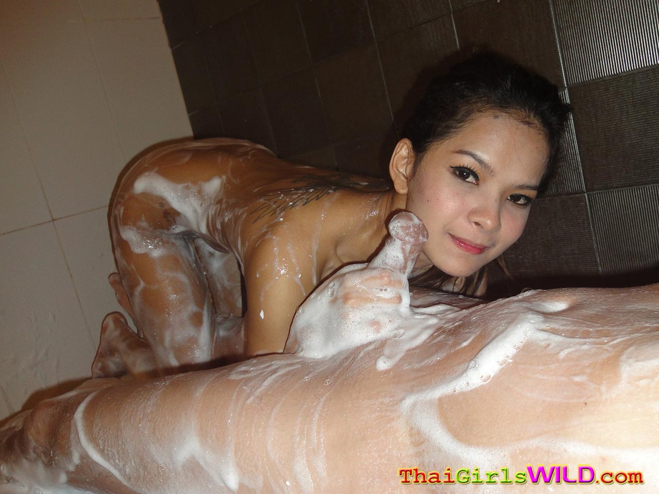 Thai Girl Body Massage