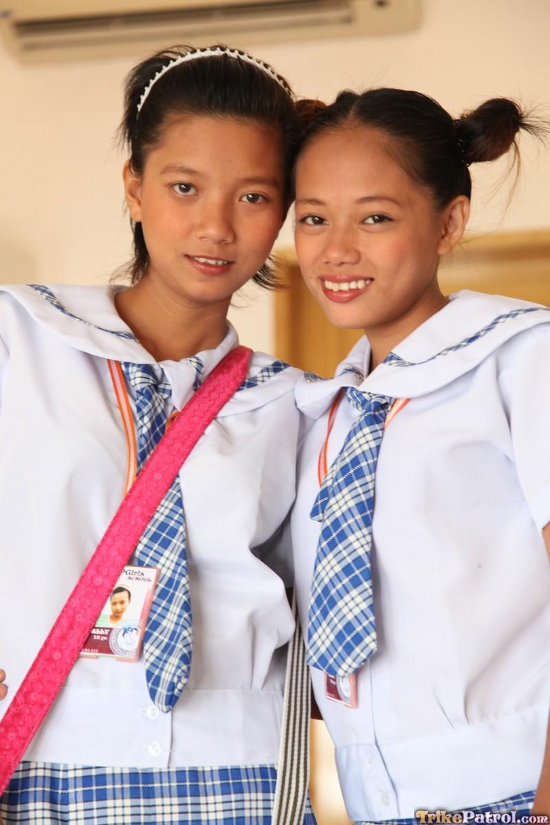 filipina-school-girls-naked